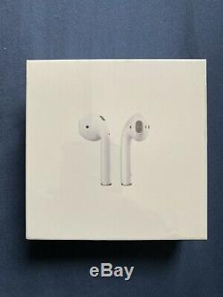 FACTORY SEALED! Apple AirPods 2nd Generation with Wireless Charging Case White